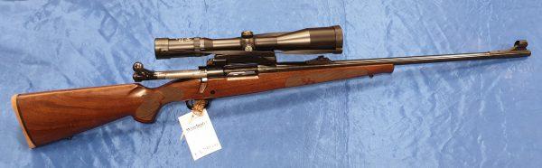 Winchester Mod 70 Repetierer Kal. .300WSM mit Kaps 2,5-10×50