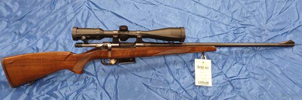 Brünner Fox 527 Repetierer .223 Rem mit Hawke Vantage SF 6-24×44